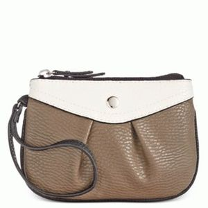 Style & Co Hannah Wristlet Brown White